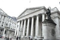 Банк Англии: экономисты ожидают рост ставок