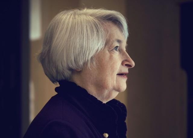 Йеллен: ФРС обсуждает время повышения ставки