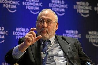 Стиглиц: так что же мешает росту мировой экономики?