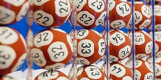 11 победителей лотерей, которые потеряли все