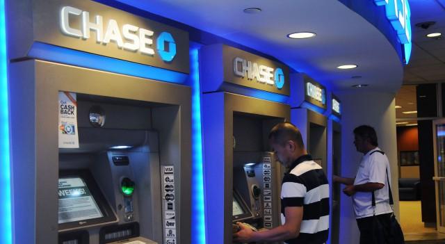 Крупнейший банк США тоже за отмену наличных денег?