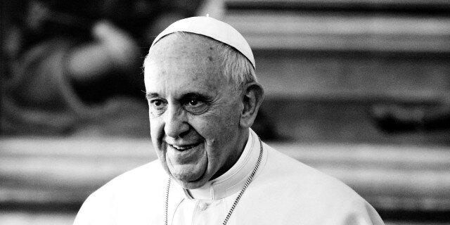 Папа Римский призывает бедных к восстанию