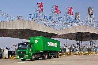 Импорт Китая стремительно снижается 11 месяцев подряд
