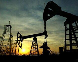 Добыча нефти в США начала быстро снижаться