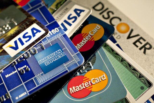 Траты американцев по кредиткам указывают на рецессию