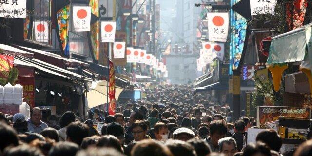 Абэномика мертва: разбудить экономику не получилось