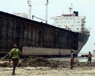 Индустрия морских перевозок села на мель