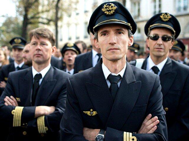 Забастовка бортпроводников Air France стоила компании 90млневро
