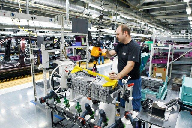 Июльский рост промпроизводства вСША превысил прогноз неменее чем вдва раза