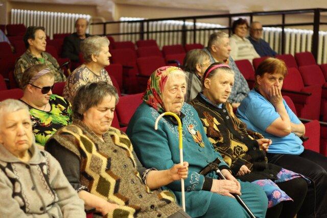 Число заемщиков старше 50 лет вЧелябинской области возросло на0,5%