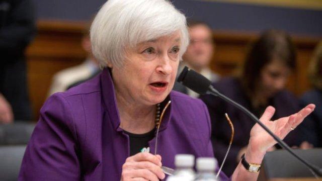 Зампред ФРС обеспокоен перспективами экономики США