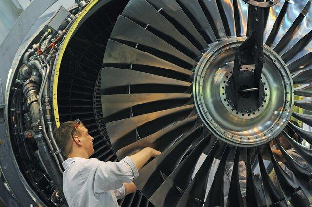 ВЭБ констатирует рост экономики 2-ой месяц подряд
