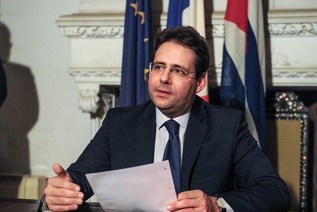 Франция потребовала свернуть переговоры сСША о коммерческом партнерстве