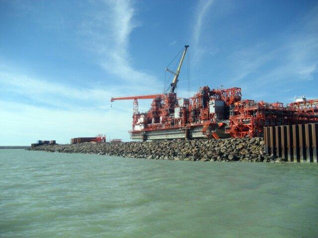 Казахстан начал экспорт нефти ссамого крупного месторождения СНГ