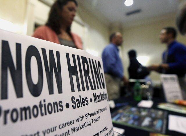 Число заявок напособие побезработице вСША снизилось хуже прогноза