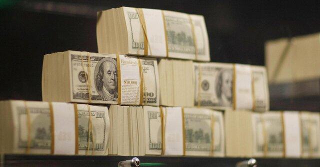 Доллар вернулся куровню 65 руб. наслабой нефти