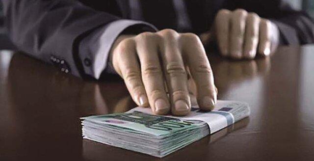 Русские коррупционеры похищают 44 млрд. руб. вгод