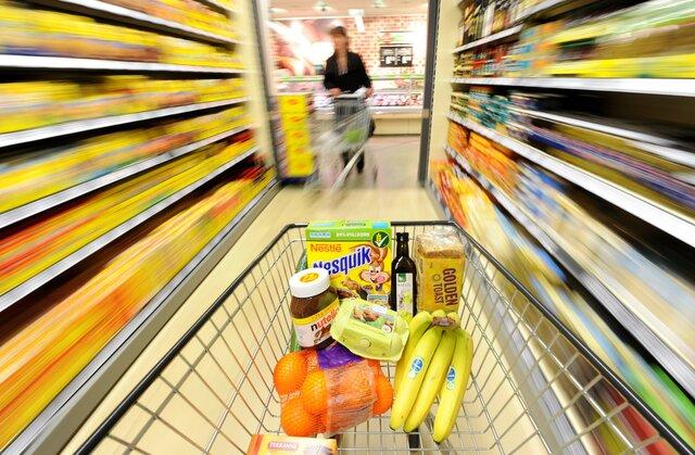 Годовая инфляция веврозоне ускорилась осенью до0,6%