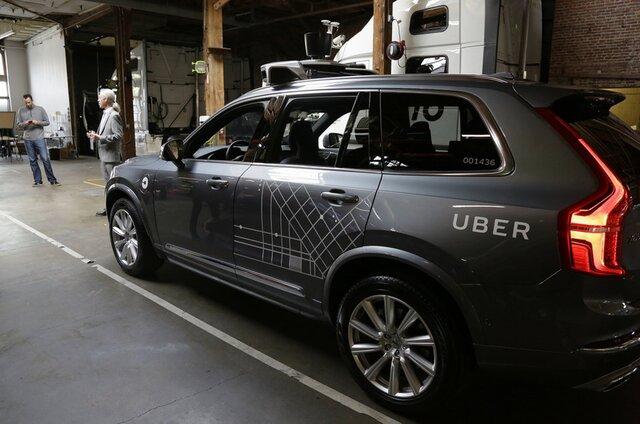 Власти Калифорнии требуют закончить использование беспилотных такси Uber