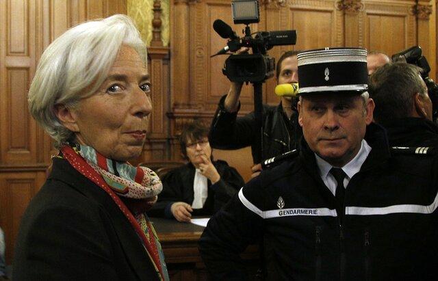 Суд Франции обвинил руководителя МВФ вхалатности