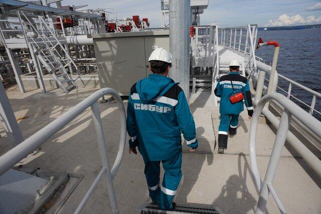 Правкомиссия по заграничным  инвестициям одобрила реализацию  10% «Сибур Холдинга» Фонду шелкового пути