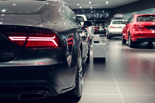 Эксперты прогнозируют рост продаж новых автомобилей в России в 2017 году