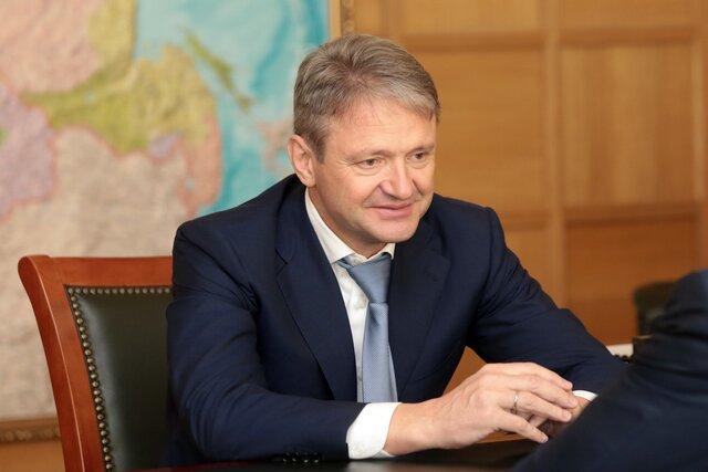Украинский посол вБерлине возмутился планами ФРГ пригласить русского министра