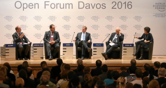Неудачные прогнозы экспертов форума в Давосе 2016