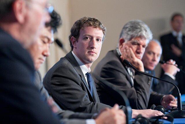 Социальная сеть Facebook  изменит рынок виртуальной реальности