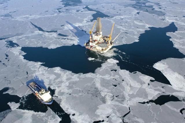 """""""Роснефть"""" начнет сейсморазведку арктического шельфа"""