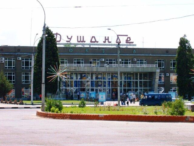 Таджикистан и Российская Федерация договорились отменить ограничения наполеты вРФ