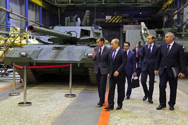 Медведев сказал УВЗ Ростеху