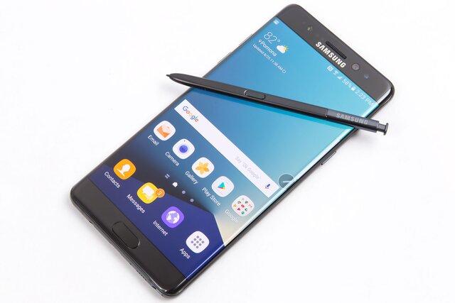 Самсунг начнет торговать исправленные версии бракованного Galaxy Note 7