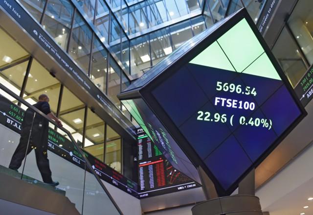 Рынки Европы восстанавливаются после падения