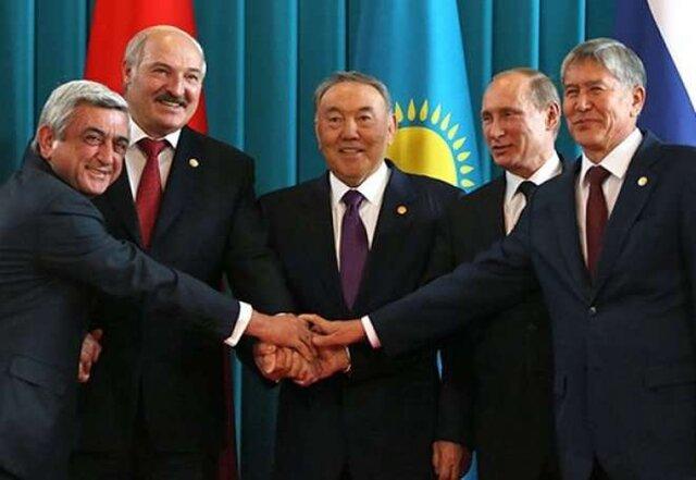 Александр Лукашенко взял 12-летнего сына насаммит вКиргизию