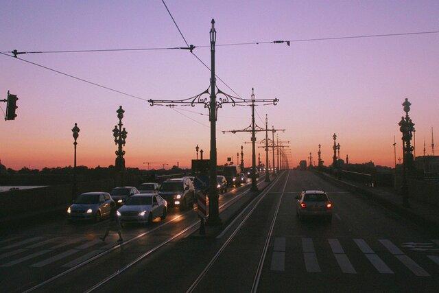 Уфа пообеспеченности легковыми машинами входит вТОП-10 российских городов