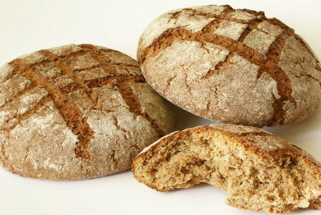 Роспотребнадзор поддержал запрет на возврат производителю непроданного хлеба