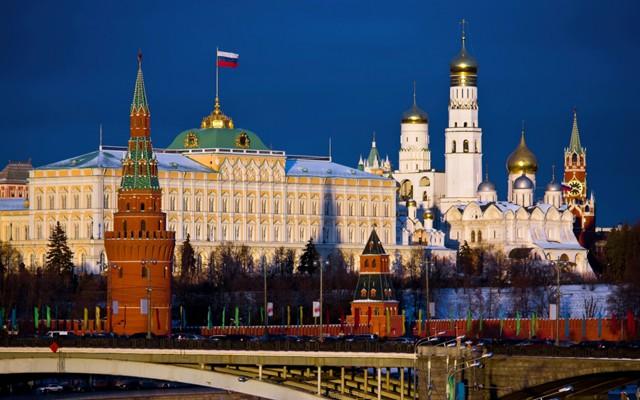 Путин распорядился обсудить майские указы 4 мая