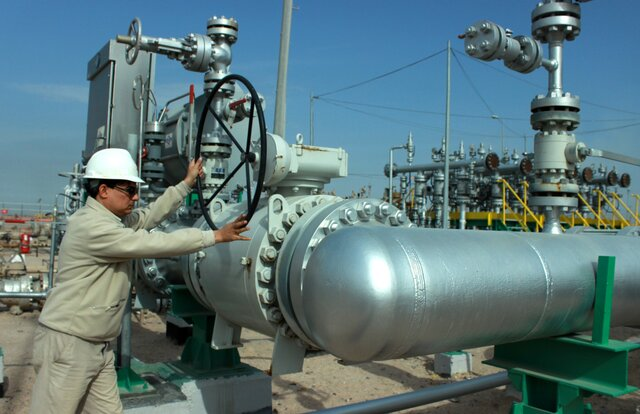 Цена нанефть Brent опустилась ниже 51 доллара