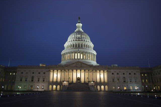 США запретили Украине тратить американские деньги набатальон «Азов»