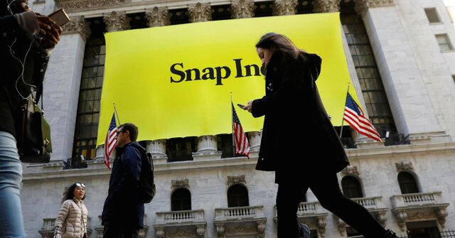 Основатели Snapchat потеряли $2,4 млрд из-за падения акций компании на25%