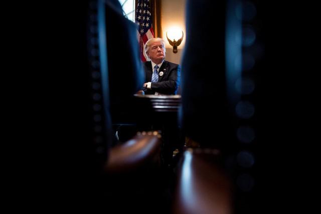 Опрос: Трамп заставляет американцев нервничать
