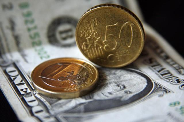 Евро впервые с февраля превысил 65 рублей