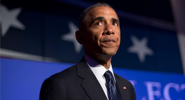 """Обама приказал внедрить """"кибербомбы"""" в России"""