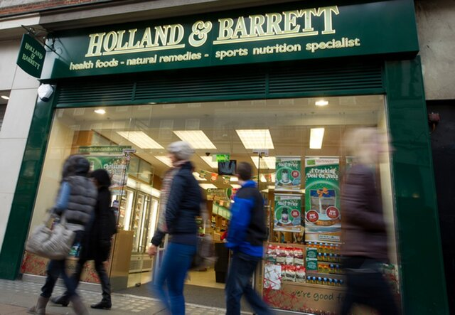 Инвестфонд Фридмана покупает Holland & Barrett