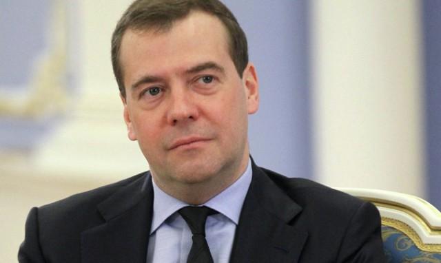 Медведев: РФ продлит контрсанкции до 31.12.2018 г.