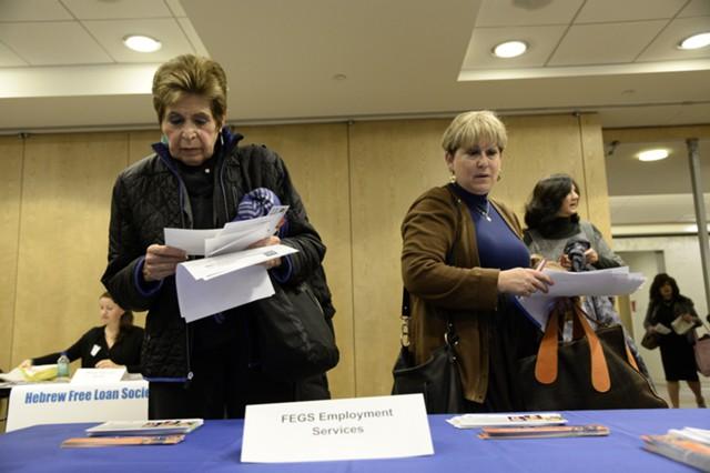 Заявки по безработице в США неожиданно выросли