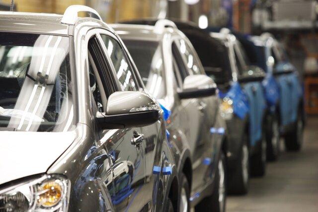Продажи автомобилей в России уверенно растут