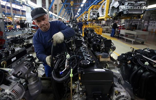 Выпуск легковых автомобилей в РФ вырос на 20,7%