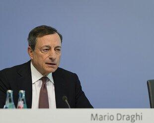 Евро укрепился к доллару до максимума с 2015 года